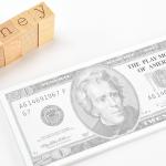 お金を借りたいなら、中堅消費者金融を選ぶべし!
